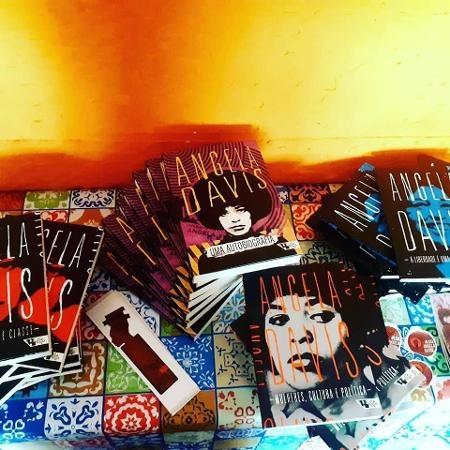 livros-da-africanidades-especializada-em-autoras-negras-1583176795339v2450x450jpg-1583514395.jpg (450×450)